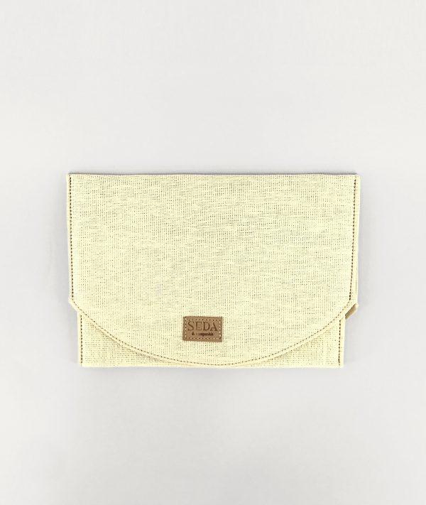 Handmade clutch em palha de papel.