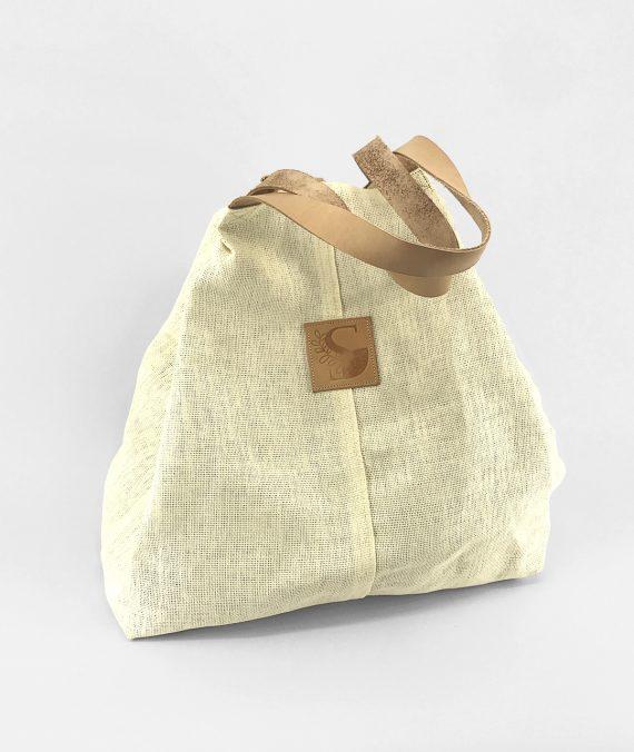 Mala shopper handmade em palha de papel.